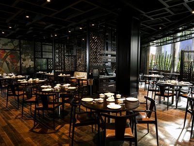 Festive Dining at Huami