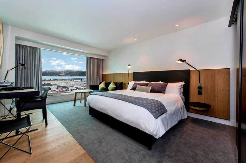 Gallery Image Premium-Luxury-room-harbour-view.jpg
