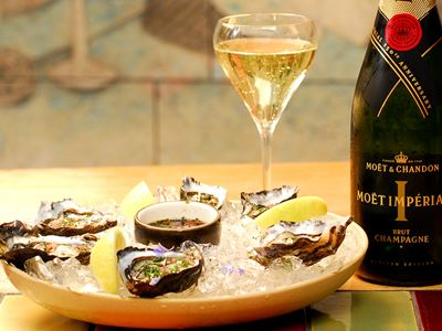 $25 Oysters and Moët & Chandon Champagne at Bellota